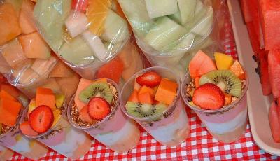 Dainty cups of fruit
