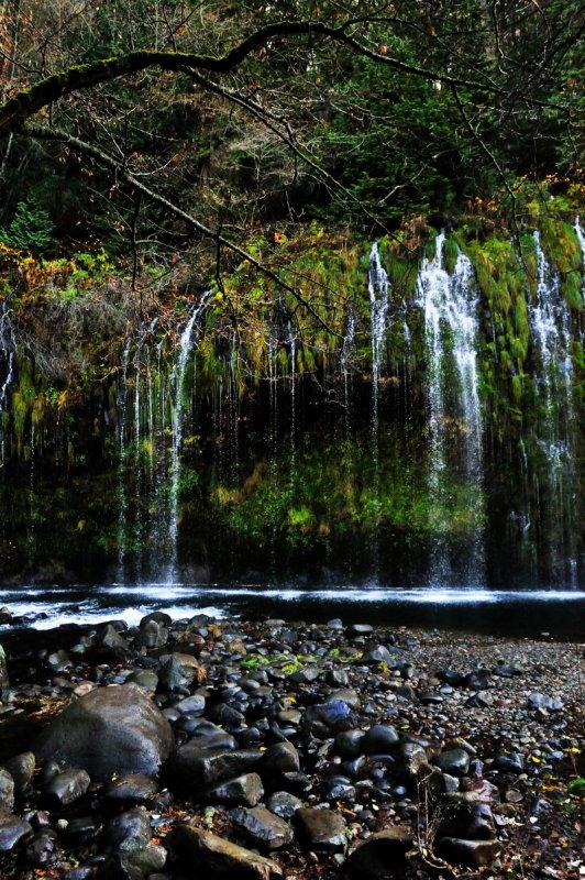 Mossbrae Falls dim light.jpg