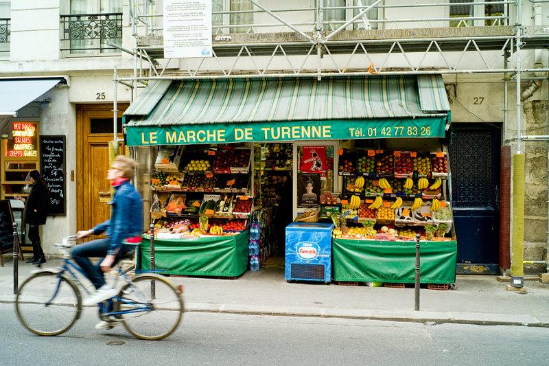 Marais Bicyclist, Paris