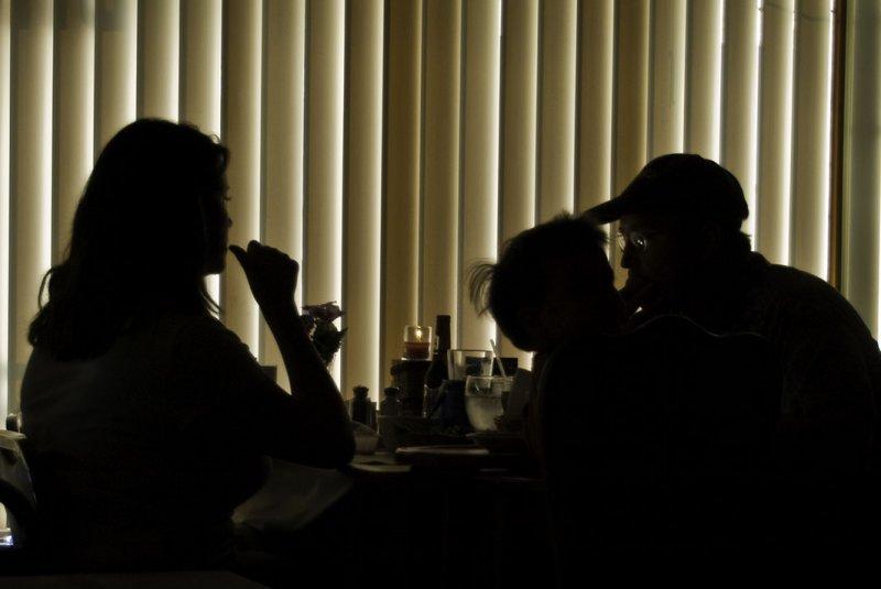 <B>Family Dinner</B> <BR><FONT SIZE=2>Greenville, California - September 2008</FONT>