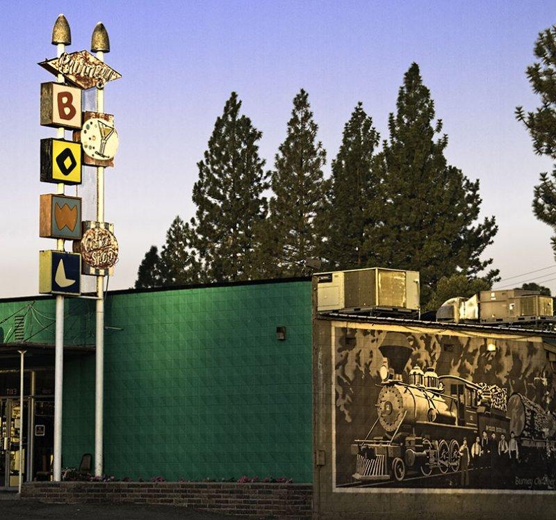 <B>Burney Bowl</B> <BR><FONT SIZE=2>Burney, California - September, 2008</FONT>