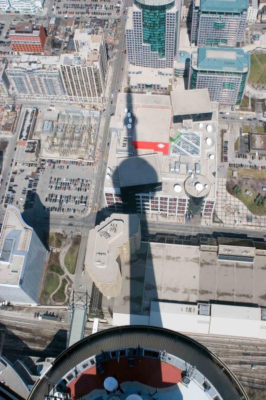 2006-04-13-CNTower-0045.jpg