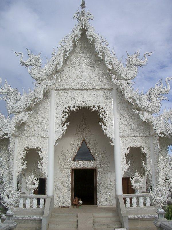 CHIANG RAI - WAT SNOW - 2004 (3).JPG