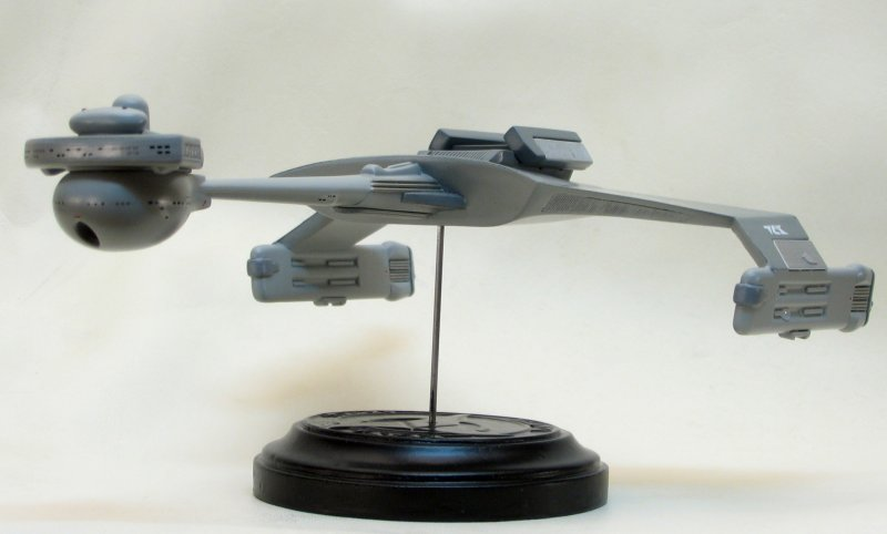Polar Lights 1/1000 scale Klingon D7