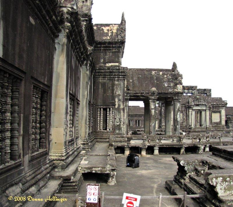 Temple Porticos