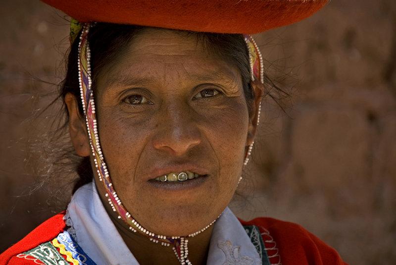 Lady in Cusco (Cuzco)