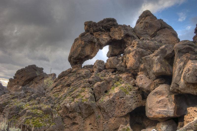 badlands lava arch