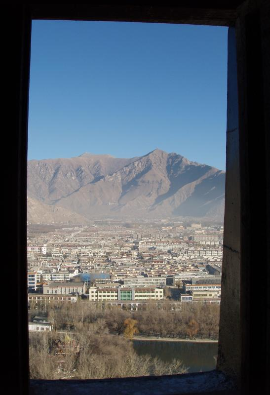 lhasa from potala7.jpg