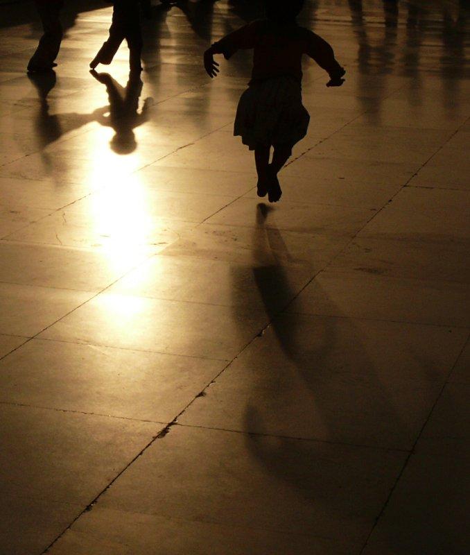 Impromptu dance, Delhi, India, 2008