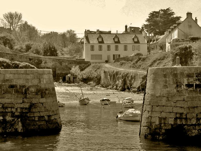 ÎLE DE GROIX- PORT LAY