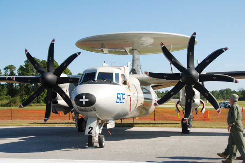 Grumman E-2E Hawkeye 602
