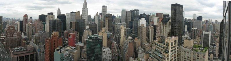 Midtown Manhattan from the Millenium Plaza Hotel (June 25, 2007)