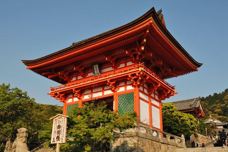 The Main Gate (Kiyomizu-dera)