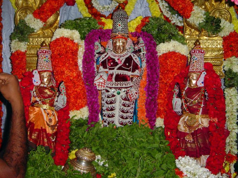 Tiruvenkatamudaiyan sannidhi, Andavan Asramam, Sripuram, Bangalore