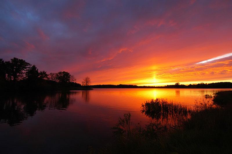 Sun Pillar & Sunset over Pony Express Lake