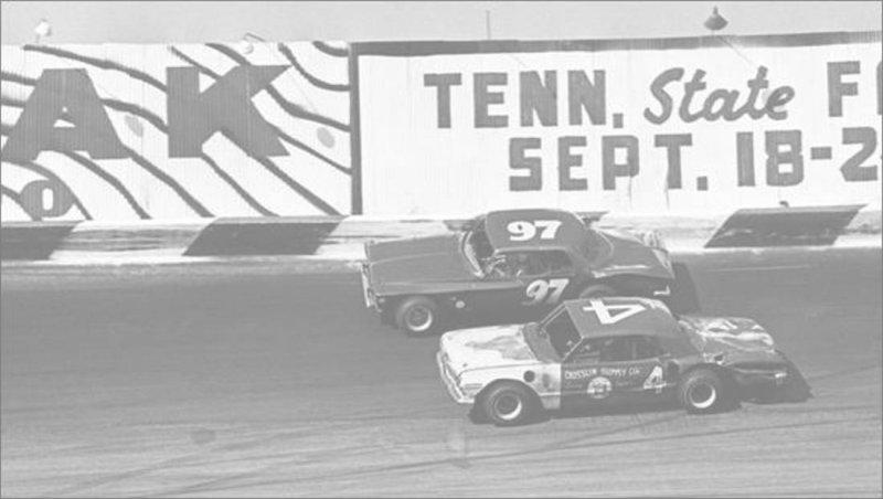 Southern 300 1967 Charlies Higdon 4 and L. J. Hampton 97