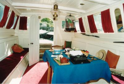 T.S.S.Y. Esperance (Captain Flints Houseboat) at the Steamboat Museum in Windermere 1996