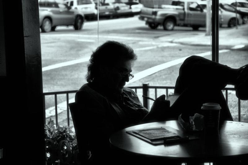 Coffee Shop Writer