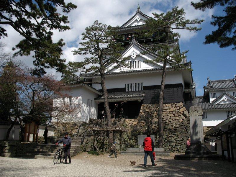 Okazaki-jōs reconstructed donjon