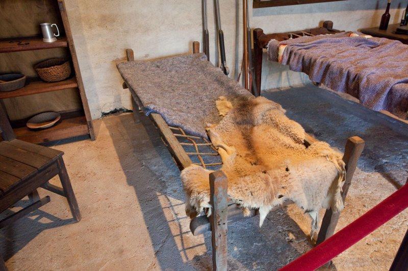 019_Bed in museum room__6538`1001091424.jpg