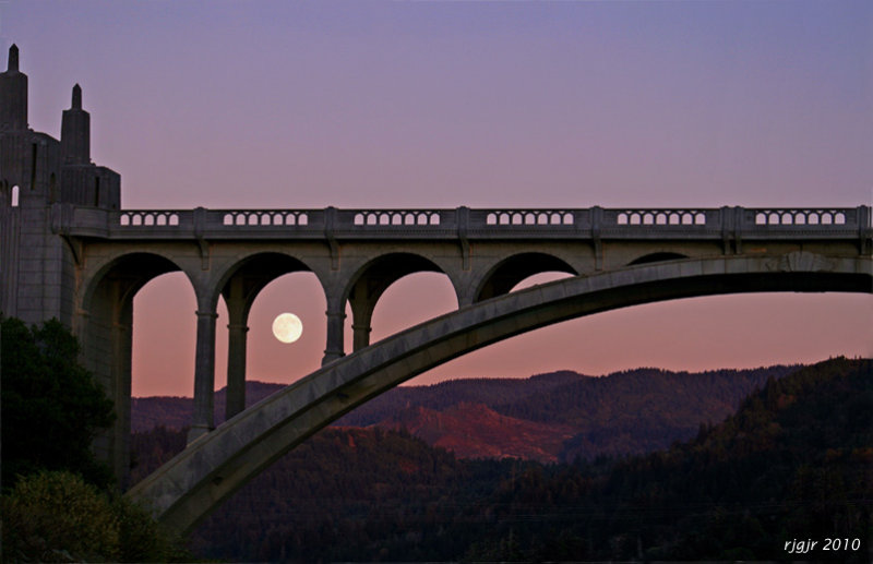 Patterson Bridge Arches and 13 day Old Moon