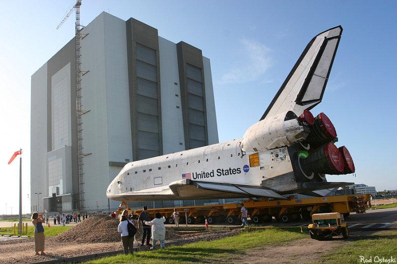Atlantis rollover to VAB 3
