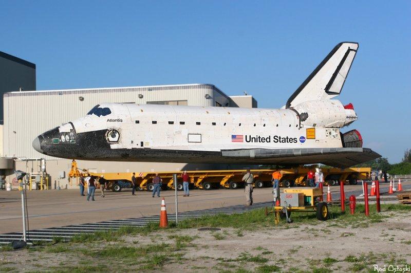 Atlantis rollover to VAB