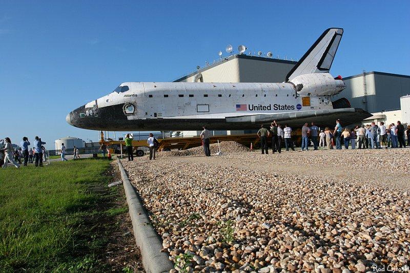Atlantis rollover to VAB 2