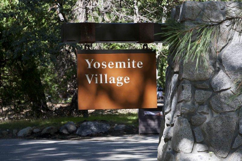 yosemite-village-sign01.jpg