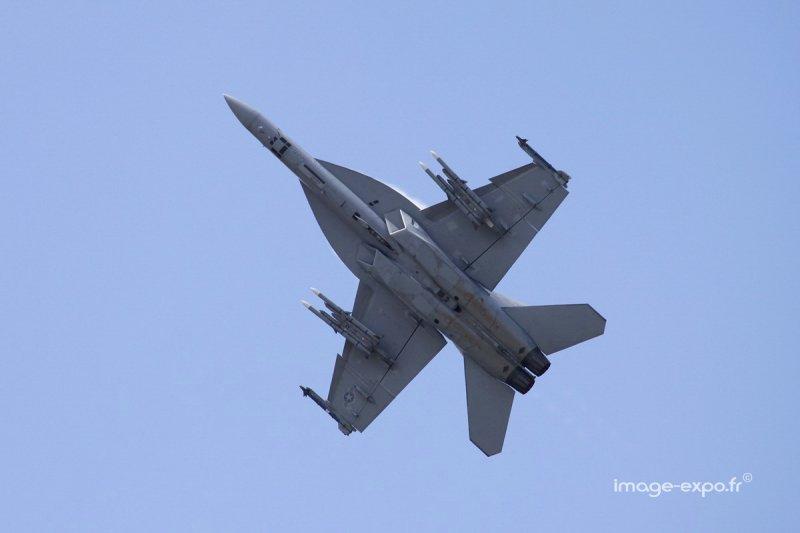 BourgetAirshow_F18.jpg