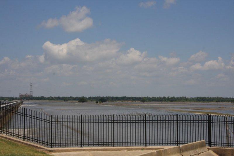 June 18,2011 - Only 20 bays left open - Gauge reads 19 feet