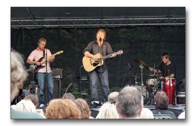 Bjørn Eidsvåg in concert.