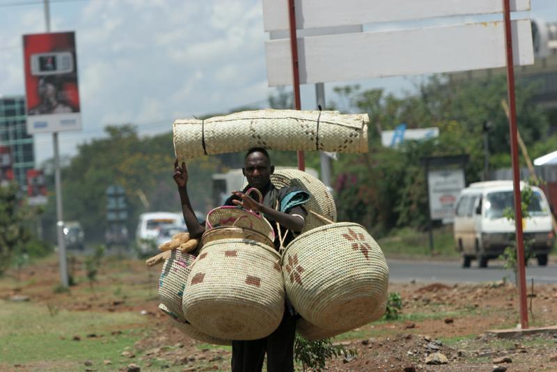 Départ pour la réserve dAmboséli - Banlieue de Nairobi
