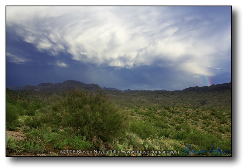 Superstion Mountains : Superstitious Clouds