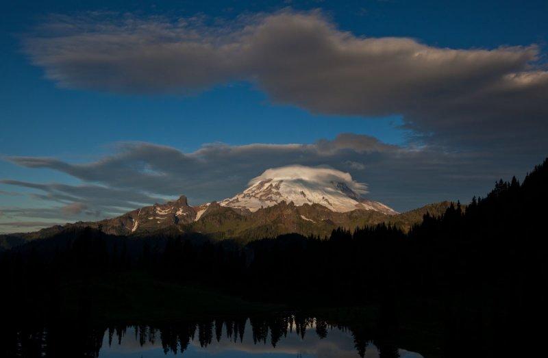 Mt. Rainier From Chinook Pass <br> (WAC091210-156.jpg)