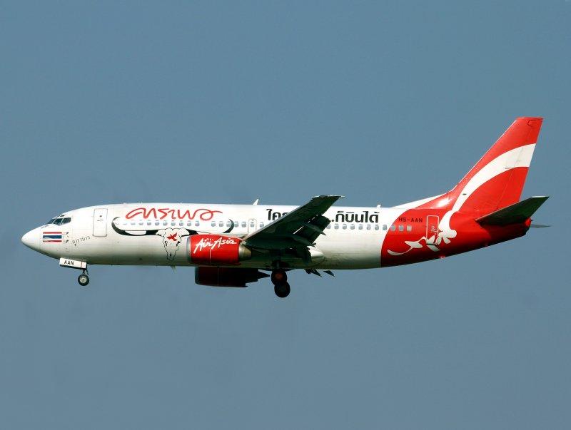 Boeing 737-300 HS-AAN