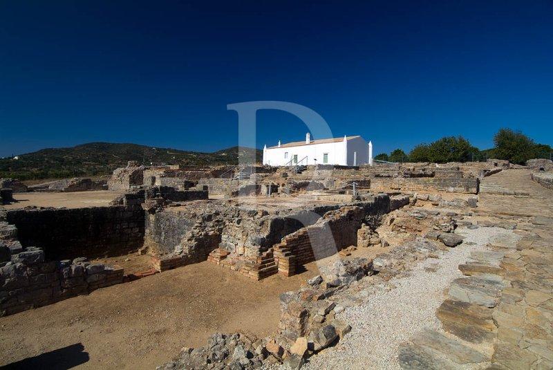 Ruinas Romanas de Milreu (Monumento Nacional)