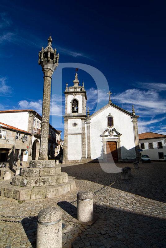 Pelourinho e Igreja <br>de São Pedro