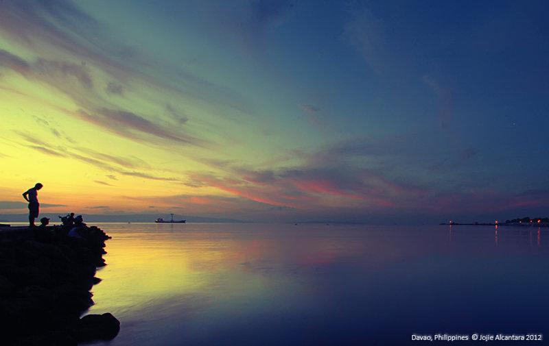 Agdao seascape by Jojie Alcantara