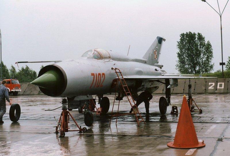 MiG-21PFM 7102
