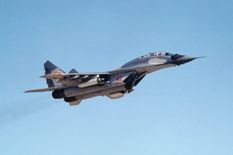 MiG-29UB 42