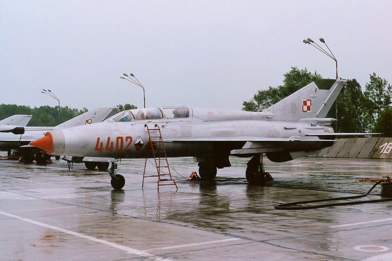 MiG-21US 4402
