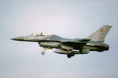 F-16B FB-12