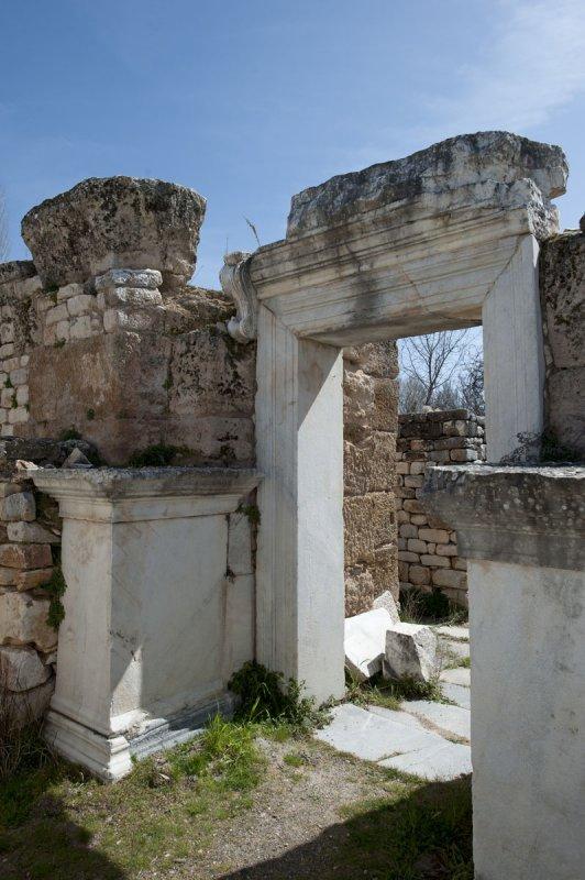 Aphrodisias March 2011 4511.jpg