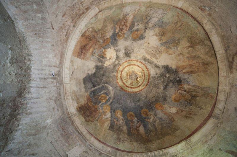 Myra Saint Nicolas church March 2011 5830.jpg