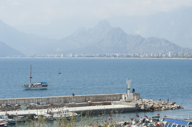 Antalya march 2012 5868.jpg