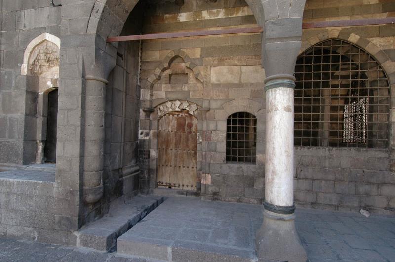 Diyarbakir Fatih pasha mosque 2735