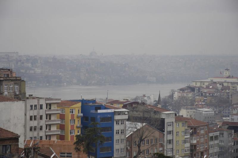 Istanbul  Pera Walk 1023.jpg