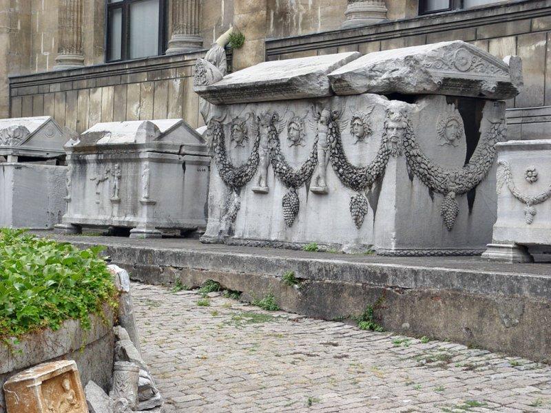 Istanbul Arch Museum 1452.jpg