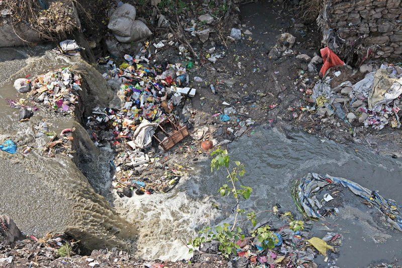 River cleaning up urgently needed!